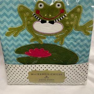 Mackenzie-child cuddly frog pond blanket
